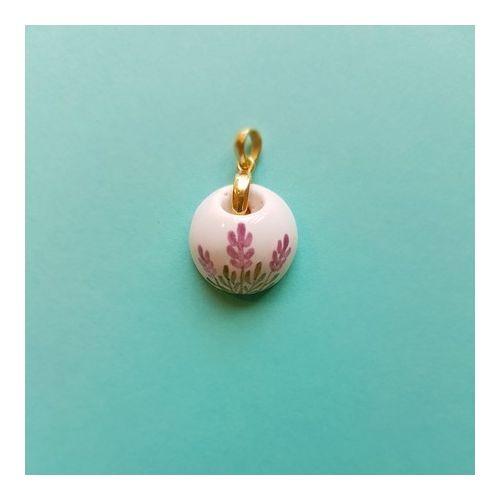 Difusor Pessoal em cerâmica com acabamento em Prata 950 folheada a ouro.*** NÃO INCLUI FIO *** Aromatize-se! Leve consigo para onde for o aroma do seu óleo essencial preferido.