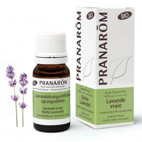O óleo essencial relaxante para qualquer ocasião. Com propriedades calmantes, ansiolíticas, cicatrizante e analgésicas. 100% puro e biológico.