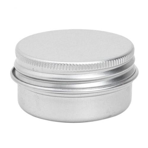 Lata de alumínio com tampa. Inclui um disco de espuma para uma melhor vedação. Ideal para bálsamos, velas e pomadas DIY.