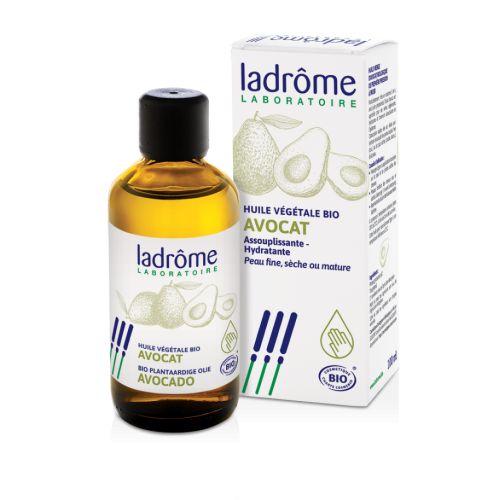 O óleo de abacate é ideal para amaciar e hidratar as partes mais finas (pescoço) e secas da pele (cotovelos, calcanhares ...)